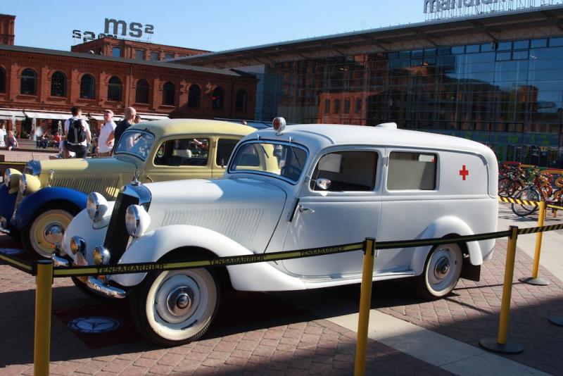 XIV Zlot Zabytkowych Mercedesów Łódż 2015 724-kopia
